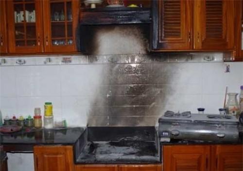 Cách phòng cháy khi sử dụng bếp gas post image
